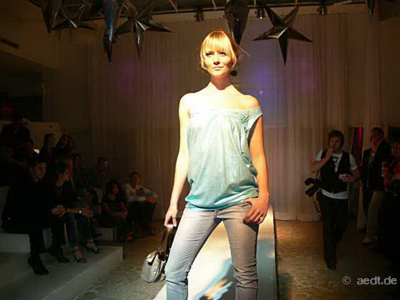 i-love-fashion-0035[1].jpg